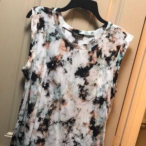 Dalia Sleeveless Top Size XL